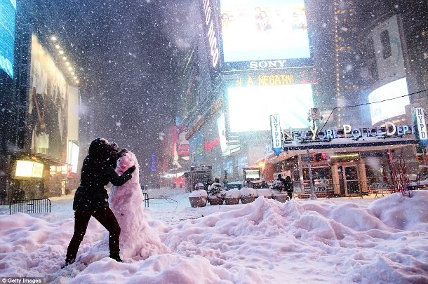 nieve times square